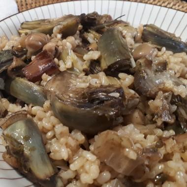 Paella de Arroz Integral con Alcachofas